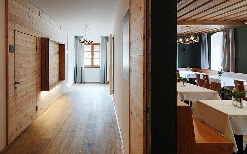 Alpengasthof Bodenbauer: Hallway and parlor © paul-ott