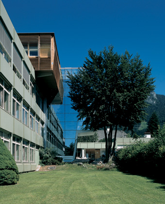 BG/BRG Stainach: Exterior view © Bramberger [architects]