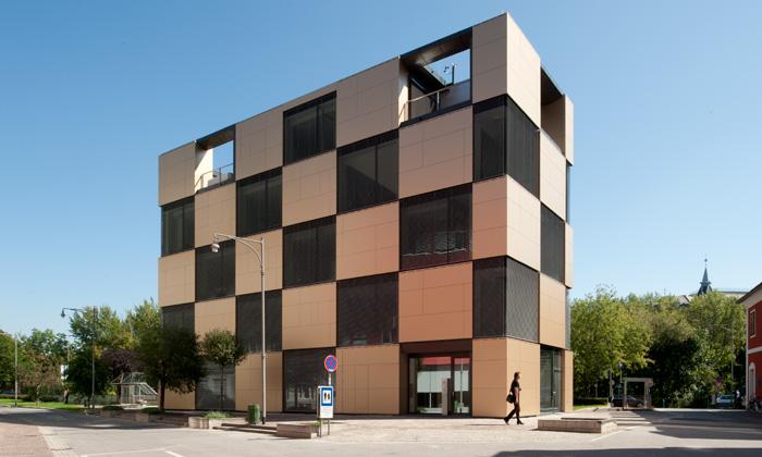Das Bauwerk: Fassade © Andreas Buchberger