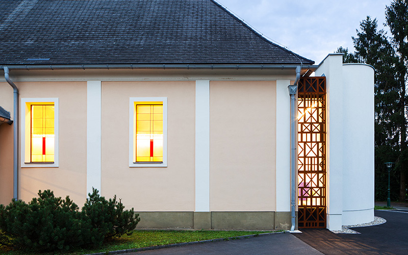 Pfarrkirche Paldau: Sideview © Markus Kaiser